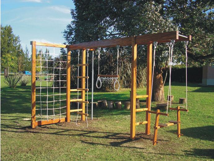 Juegos infantiles con madera imagui for Juegos de jardin rusticos